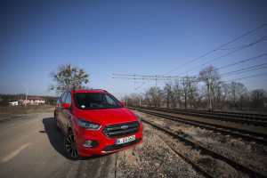 2017-ford-kuga-facelift-st-line-8