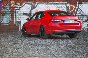 2017-skoda-superb-1-4-tsi-act-test-2