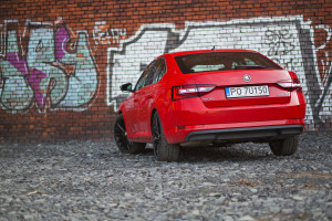 2017-skoda-superb-1-4-tsi-act-test-7