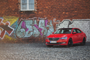 2017-skoda-superb-1-4-tsi-act-test-8