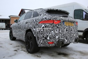 2018-jaguar-f-pace-svr-prototype-shows-quadruple-exhaust-hints-at-v8-power_4