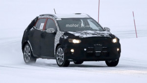 2018-kia-stonic-spy-photo