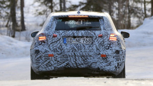 2018-mercedes-a-class-new-spy-photo (4)