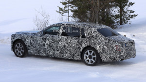 2018-rolls-royce-phantom-extended-wheelbase-spy-photo (2)