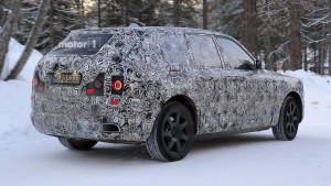 2019-rolls-royce-cullinan-spy-photo (1)