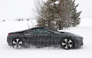 bmw-i8-spyder-spy-photos-05