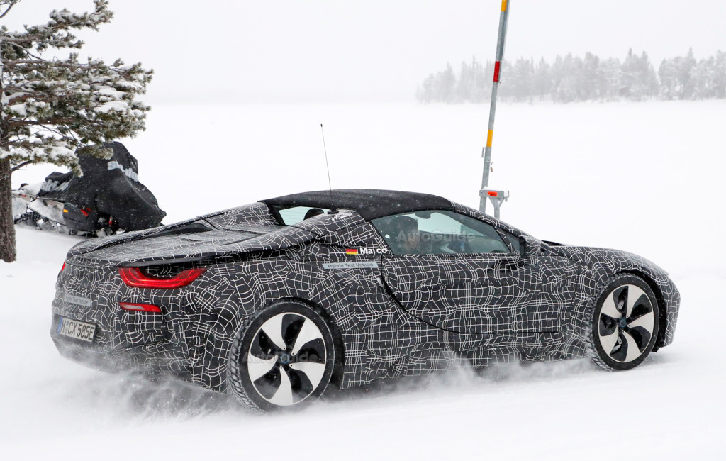 bmw-i8-spyder-spy-photos-07