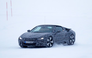 bmw-i8-spyder-spy-photos-13