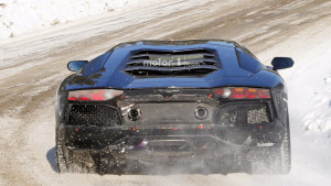 new-lamborghini-aventador-version-spy-photo (1)
