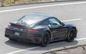 next-porsche-911-turbo-spied-for-the-first-time-could-bring-turbo-s-e-hybrid_12