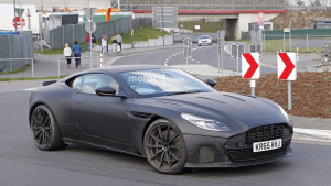 2018-aston-martin-db11-unidentified-coupe-spy-photo (2)