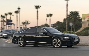 2018-audi-a8-strips-down-to-minimal-camouflage_2