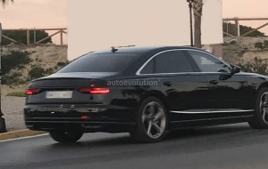2018-audi-a8-strips-down-to-minimal-camouflage_6