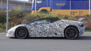 2018-lamborghini-huracan-performante-spyder-spy-photo (1)
