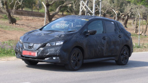 2018-nissan-leaf-spy-photo (1)