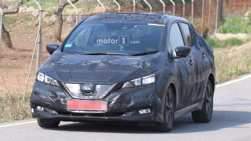 2018-nissan-leaf-spy-photo
