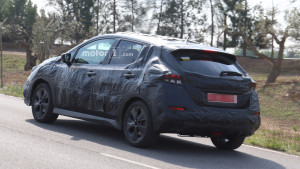 2018-nissan-leaf-spy-photo (3)