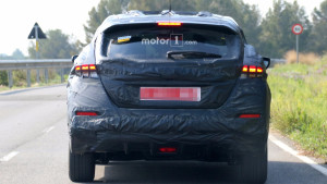 2018-nissan-leaf-spy-photo (4)