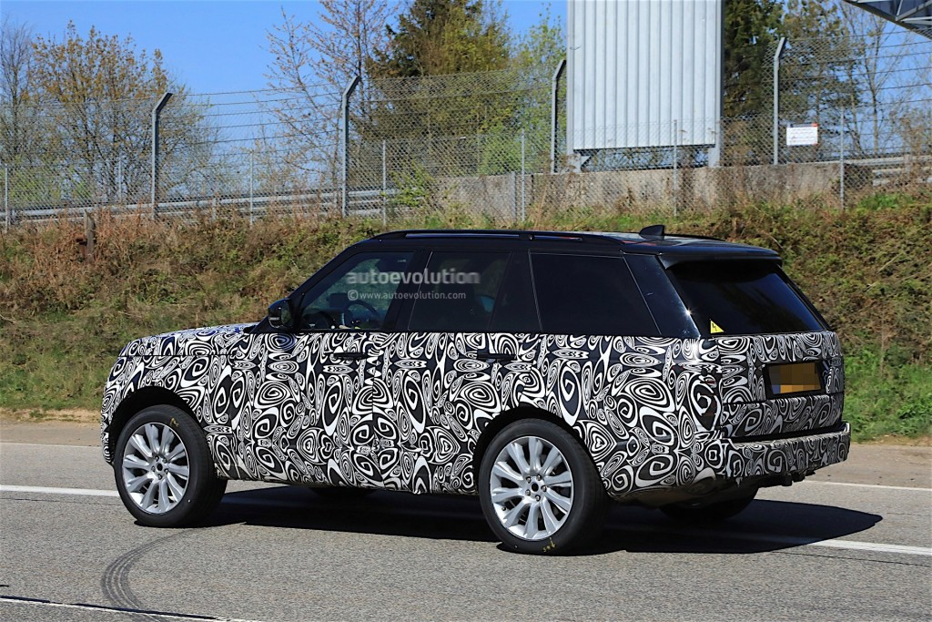 2018-range-rover-facelift-spied-with-undisguised-interior_14