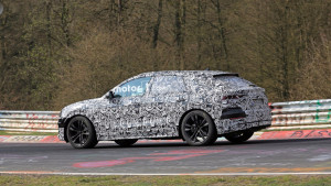 aaudi-q8-spied-at-the-nurburgring