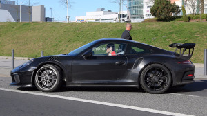 porsche-911-gt3-rs-refresh-spy-pics (2)