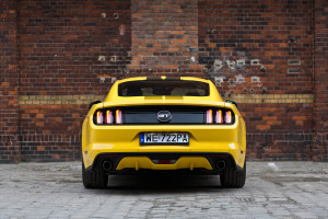 2017-ford-mustang-gt-test-11