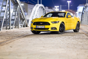 2017-ford-mustang-gt-test-3