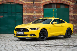 2017-ford-mustang-gt-test-7