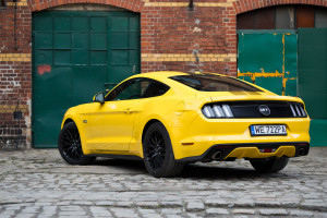 2017-ford-mustang-gt-test-8