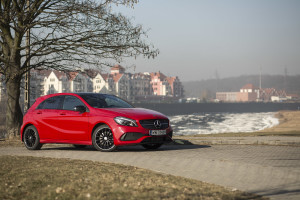 2017-mercedes-a220-4matic-test-18