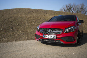 2017-mercedes-a220-4matic-test-19