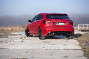 2017-mercedes-a220-4matic-test-22