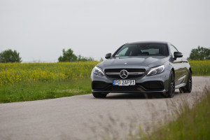 2017-mercedes-amg-c63-coupe-test-1