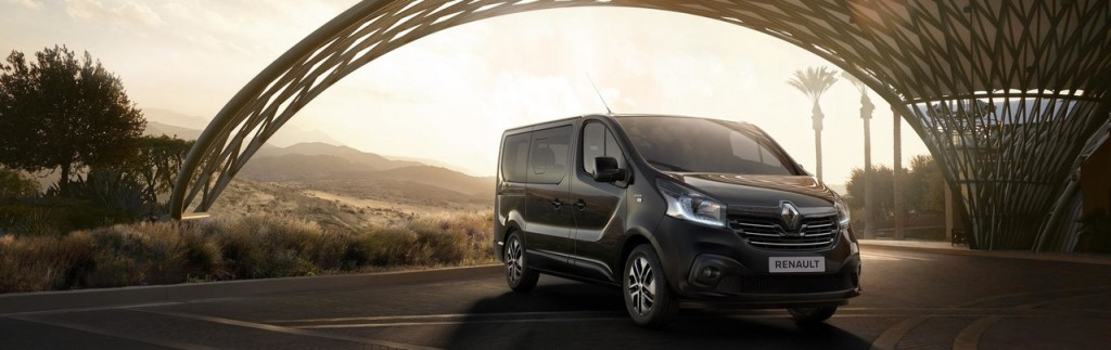 2017-renault-trafic-spaceclass-02