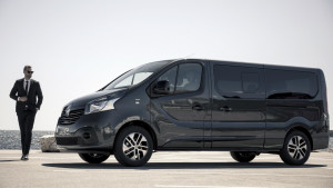 2017-renault-trafic-spaceclass-08