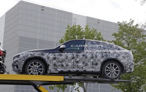 2018-BMW-X4-Spy-6
