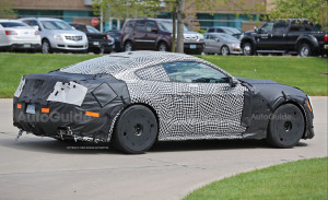 2019-ford-mustang-gt500-prototype-spy-photos-22
