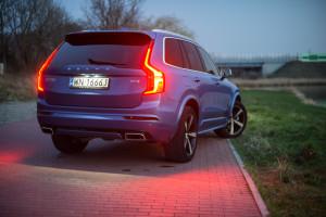 Volvo-XC90-D5-R-Design-06