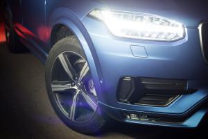 Volvo-XC90-D5-R-Design-08