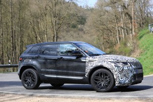 all-new-range-rover-evoque-mule-spied-inside-and-out_13