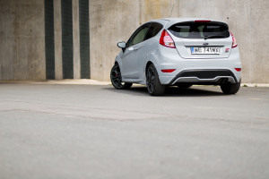 2016-ford-fiesta-st200-test-6