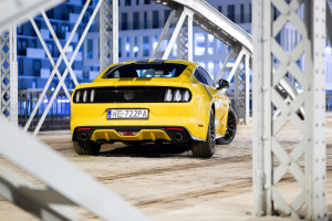 2017-ford-mustang-gt-test-2