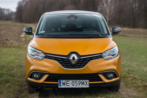 2017-renault-scenic-12tce-5
