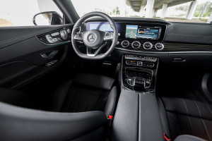 2017-mercedes-e220d-coupe-36