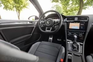 2017-volkswagen-golf-variant-rline-2-0-tdi-20