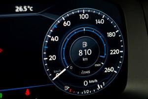 2017-volkswagen-golf-variant-rline-2-0-tdi-24