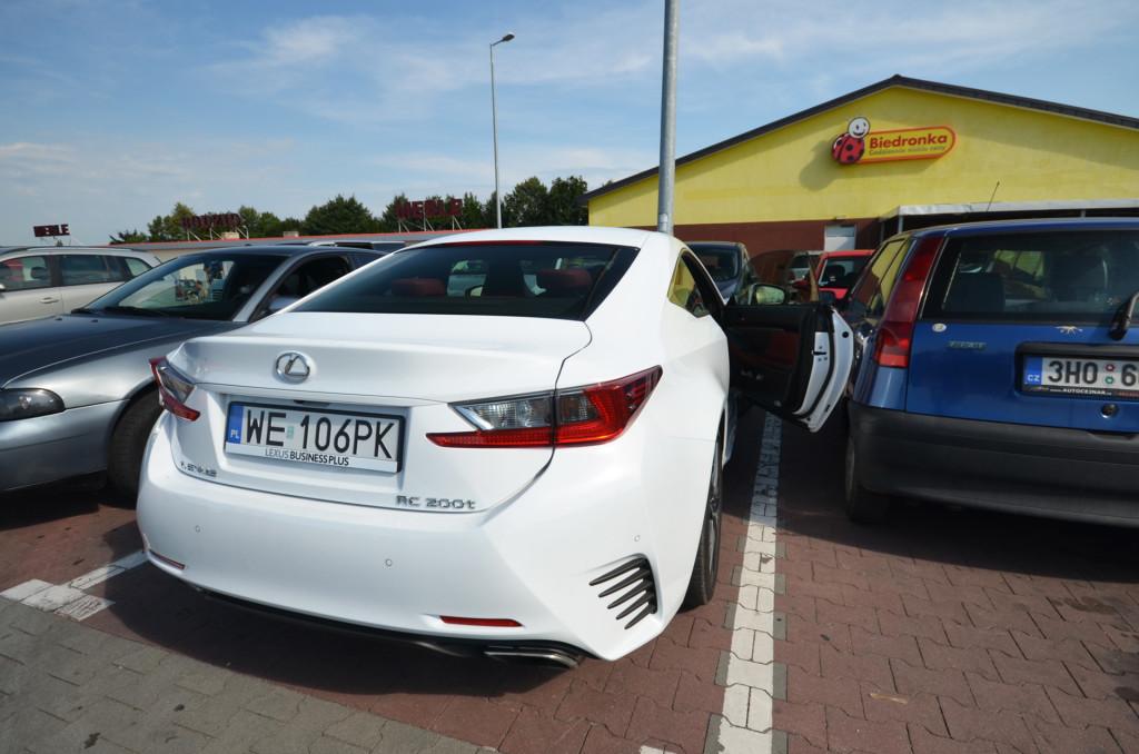Lexus-RC200t-08