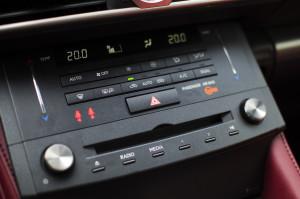 Lexus-RC200t-23