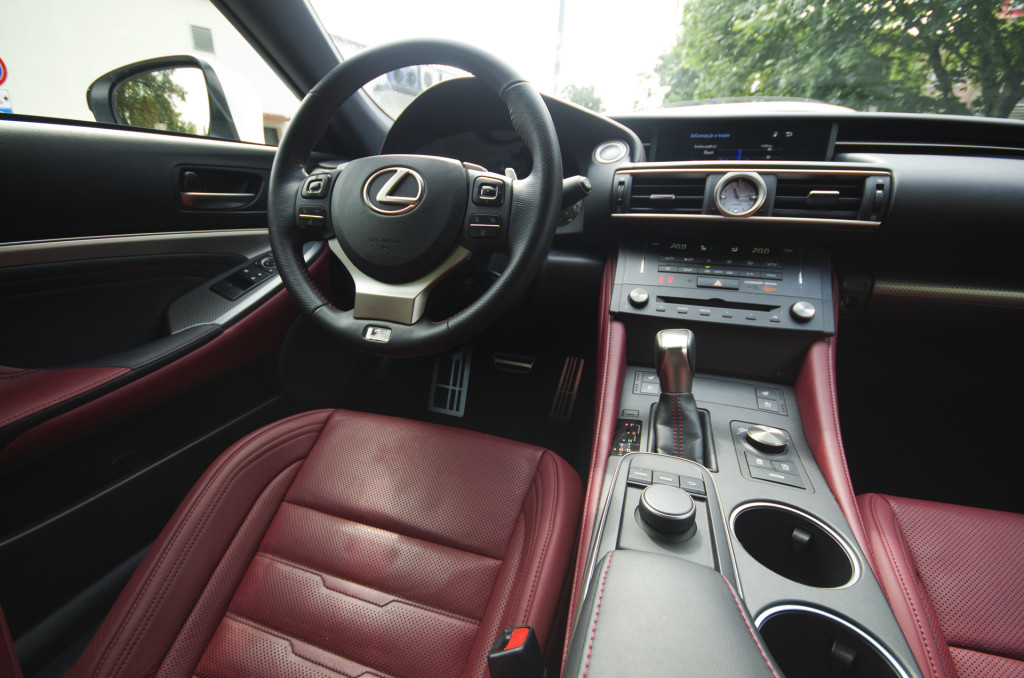Lexus-RC200t-34
