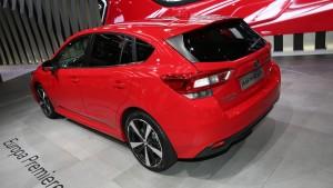 2018-subaru-impreza-hatchback-motor1-2